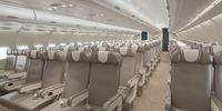Airbus A330-300 (thumbnail 2)