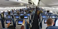 Boeing 767-300 (thumbnail 2)
