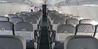 Boeing 737-500 (thumbnail 2)