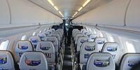 Bombardier CRJ-700 (thumbnail 2)
